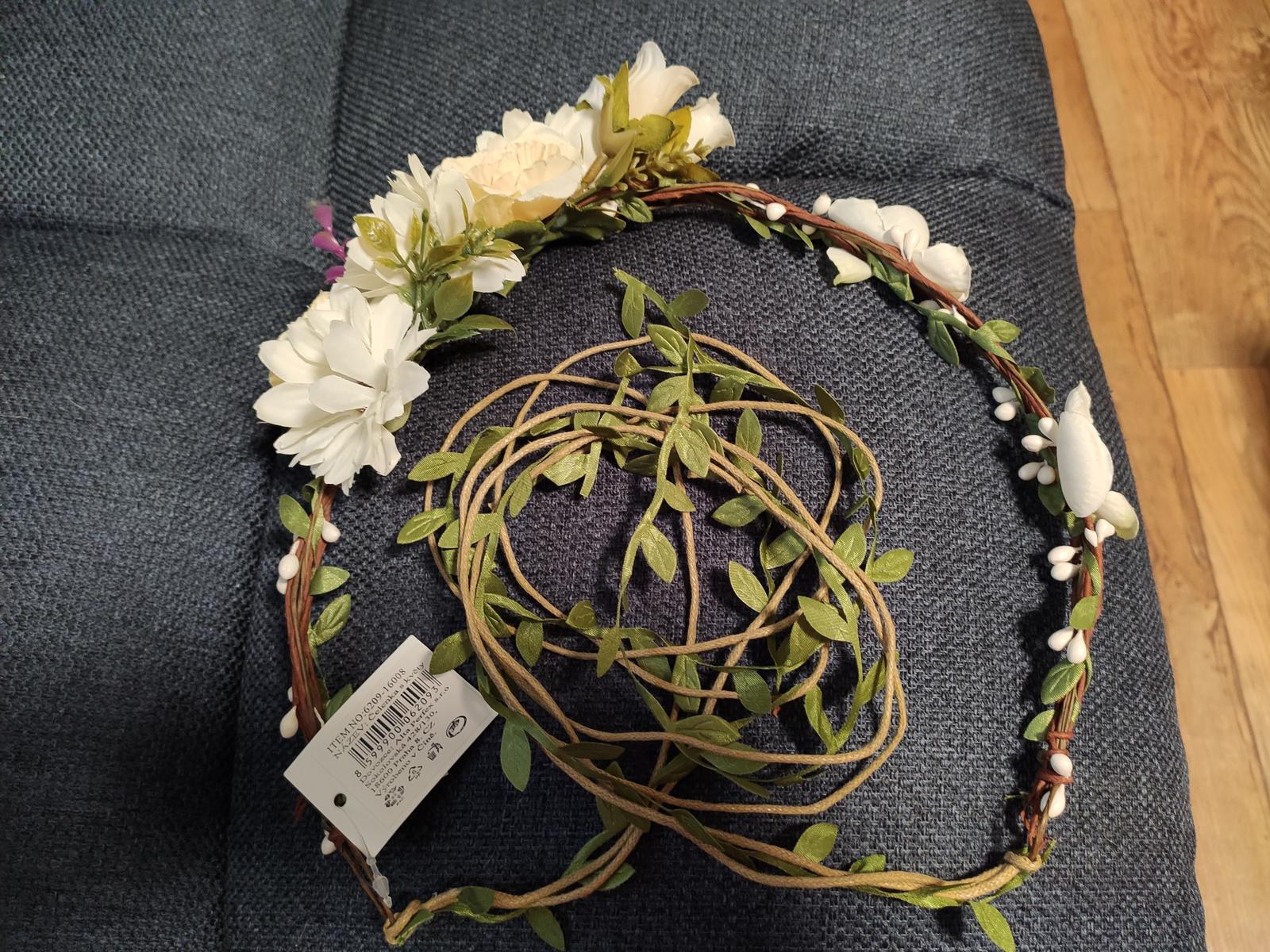 Čelenka do vlasů s květy - Obrázek č. 1