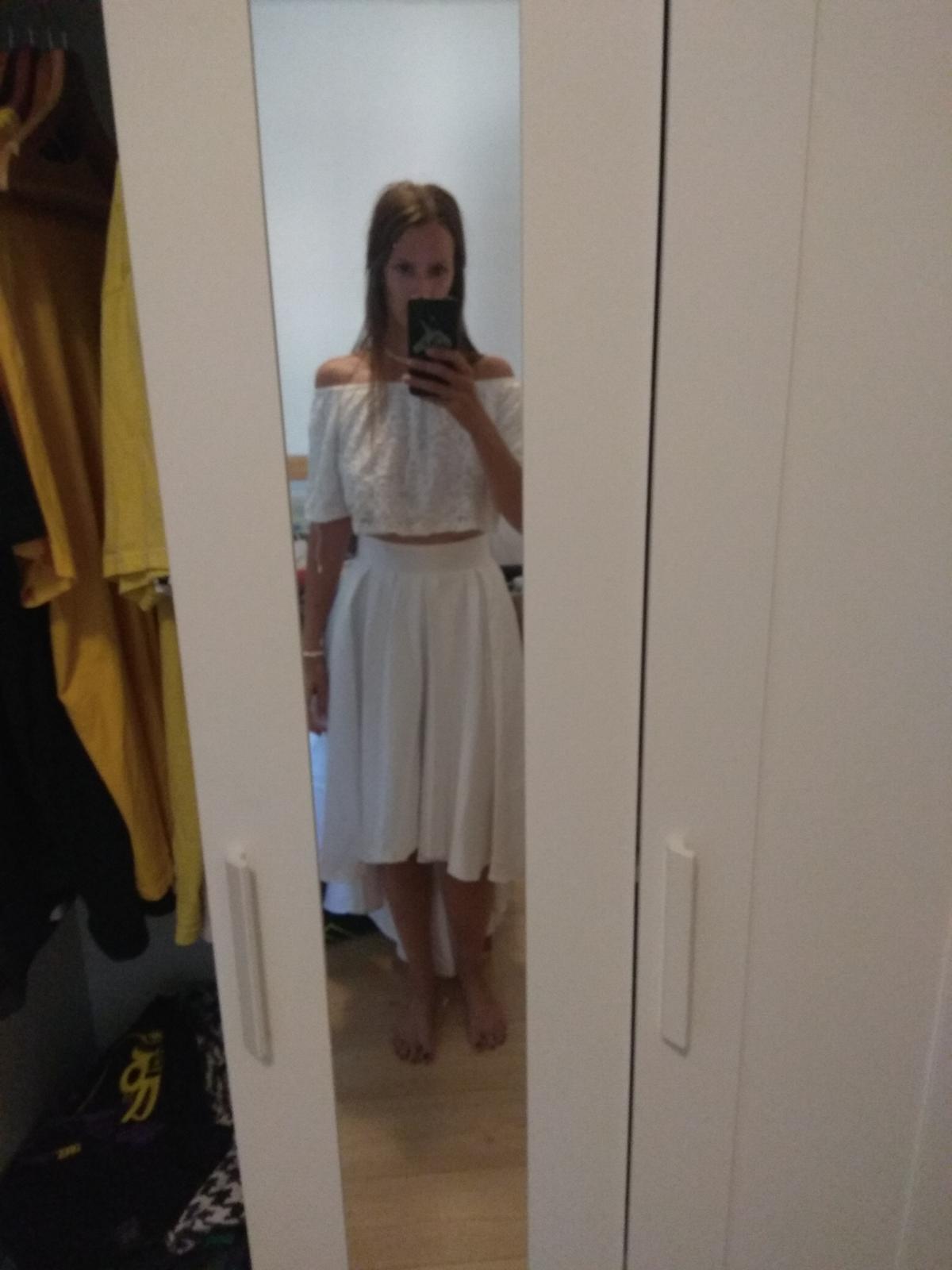 Svatební nebo půlnoční sukně do pasu + tričko - Obrázek č. 2