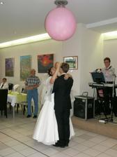 první tanec a balon plný překvapení