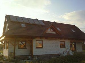 solárne panely na streche by už tiež boli :-)