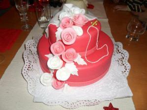 takuto kraaasnu torticku upiekla nasa teta cukrarka na prijmanie :-)