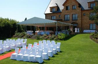tady bude svatba .o)