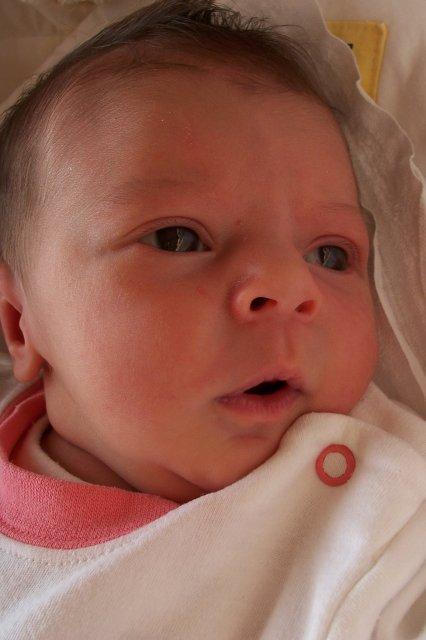 Zuzana Náhlá{{_AND_}}Richard Pinkava - 2. 5. 2006 se nám narodilo naše zlatíčko