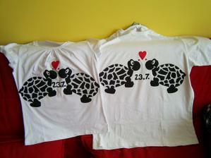 naše trička na svatební den :)