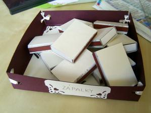 krabička se zápalkami...no ještě musím nějaké přidat ...