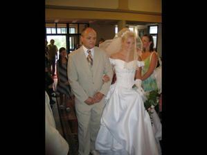Otec vede nevěstu