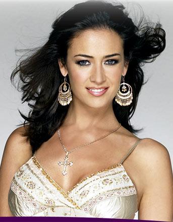 Svadba v telenovelach..... - uzasny make up....krasna je