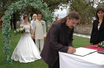 ...svědek nevěsty...