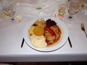 Hlavní jídlo - staročeská mísa - taky moc dobré