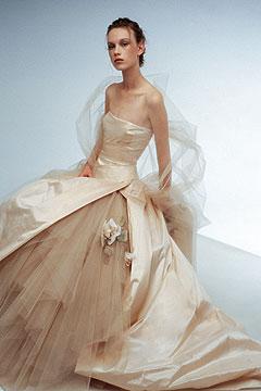 Najkrajšie svadobné šatičky - ako morská panna...