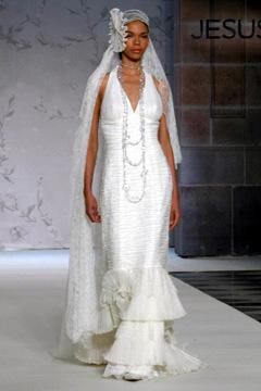 Najkrajšie svadobné šatičky - A Carmen...:)))