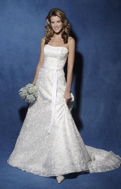 Najkrajšie svadobné šatičky - Obrázok č. 48