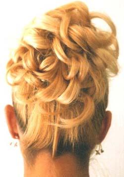 Najkrajšie účesy pre blondínky :) - Obrázok č. 6