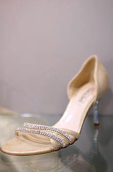 Najkrajšie Popolnočné plesové šaty :) + najkrajšie botičky - Obrázok č. 70