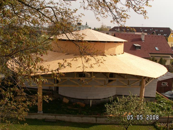 Náš dom ALEX - Hotová strecha bez krytiny