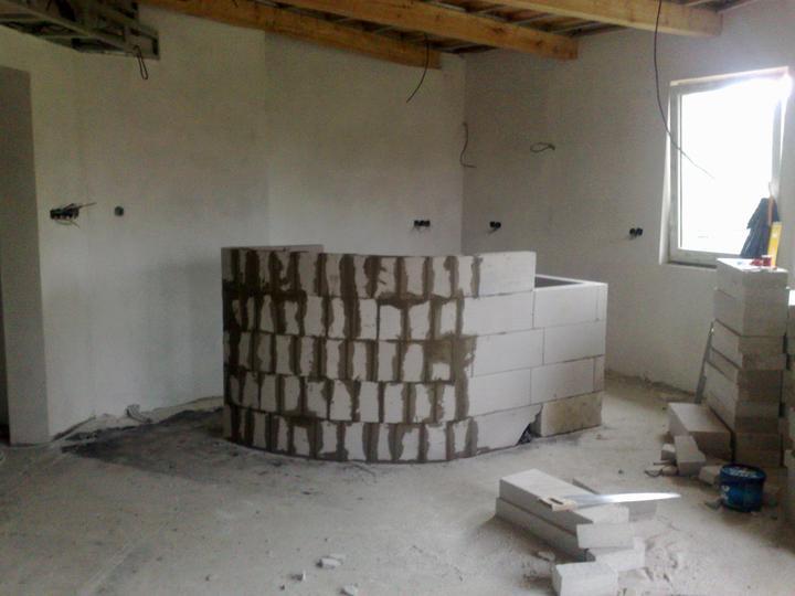 Náš dom ALEX - Vymurovaný barový pult