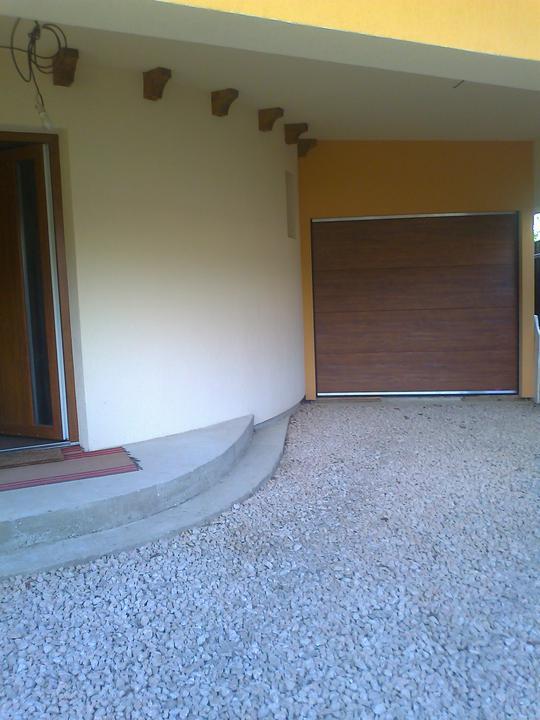 Náš dom ALEX - Nová garážová brána Olymps door