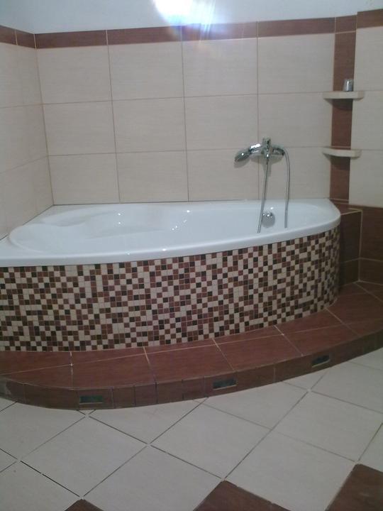 Náš dom ALEX - Finišujeme s hlavnou kúpeľňou