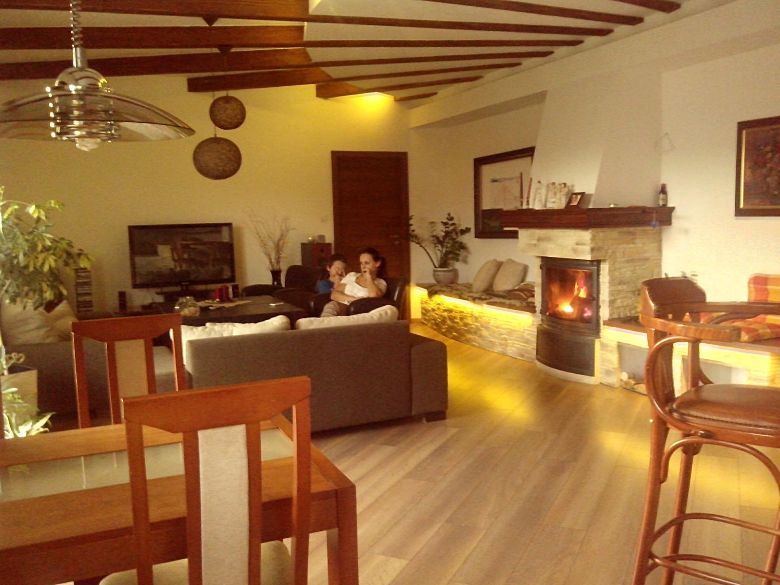 Náš dom ALEX - Novy luster v jedalenskej casti