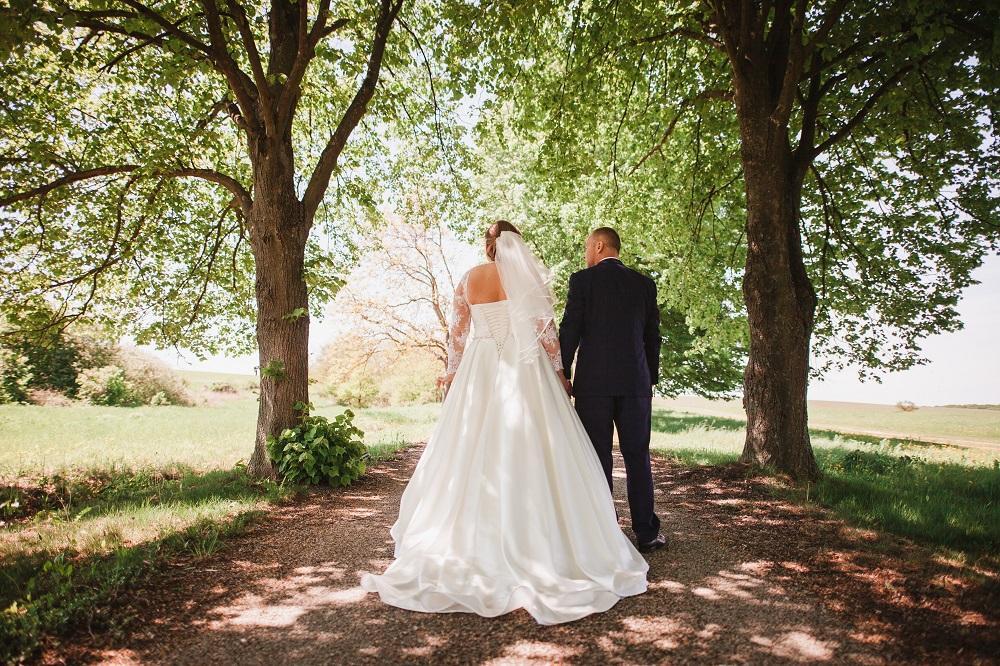 Svadobné šaty 44-46-48 - Obrázok č. 1