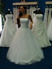 Svatební šaty :-) no jasně!