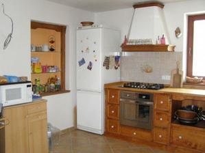 kuchyňka po dvou letech používání - stále bez baru :o(