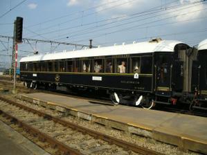 tak timhle vlakem chce jed milacek na svatebni cestu...orient expres