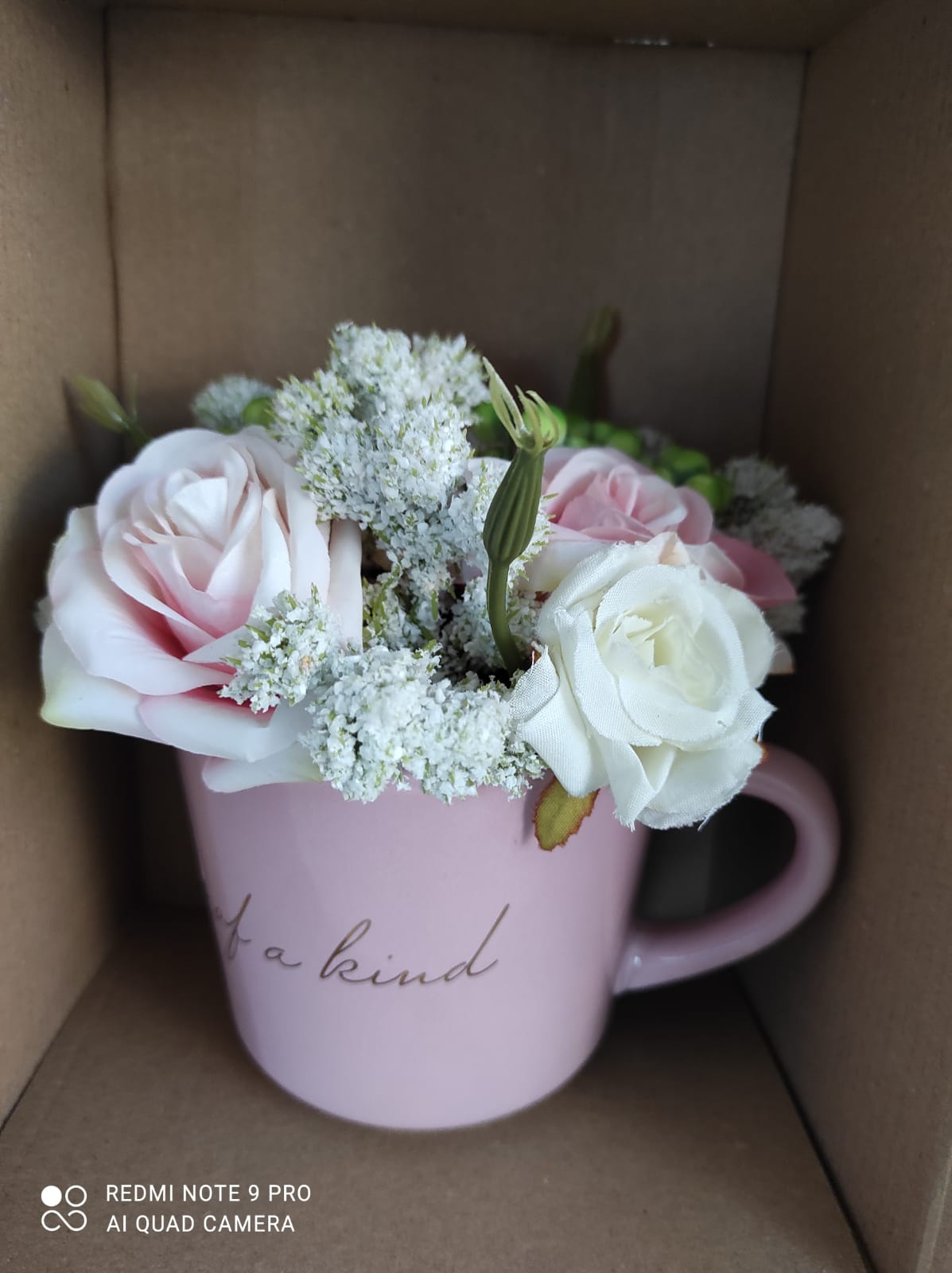 Kvety v hrnceku - Obrázok č. 1