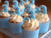 Puntíkované košíčky na cupcakes, modré ,