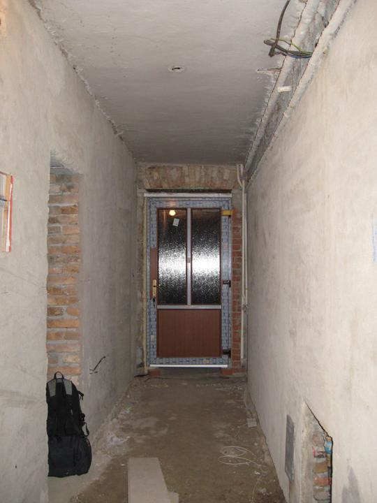 Podlahy - Už s dveřma