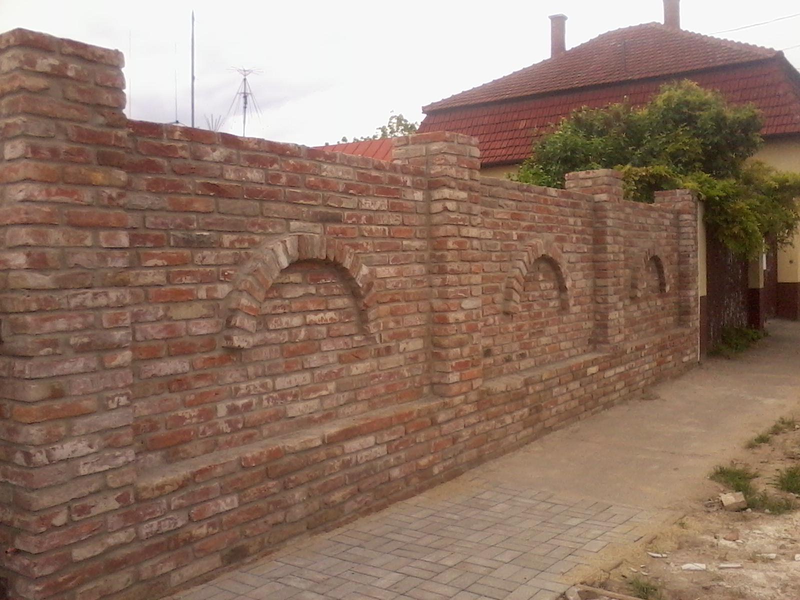 Ostatní - cihelná inspirace plot