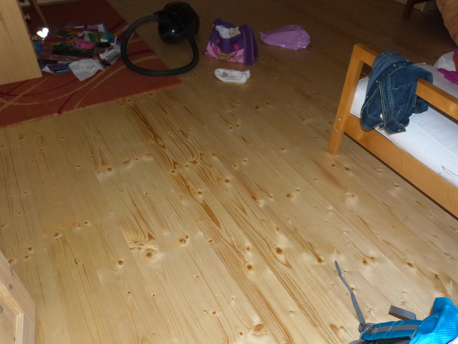 Podlahy - Podlaha v pokojíku dcerky