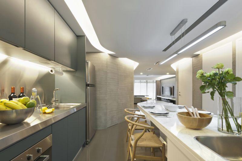 Myslím si... aneb inspirace pro naše bydlení - nakonec jsme se shodli, že nechceme kuchyni v barvě dřeva, takže hledám znovu... moc se mi líbí tato šedá