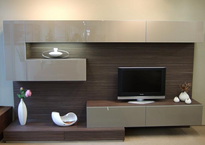 Myslím si... aneb inspirace pro naše bydlení - máme jednu stěnu v natural taupe 2, ta béžová je krásná..