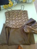 Korzetové šaty, M