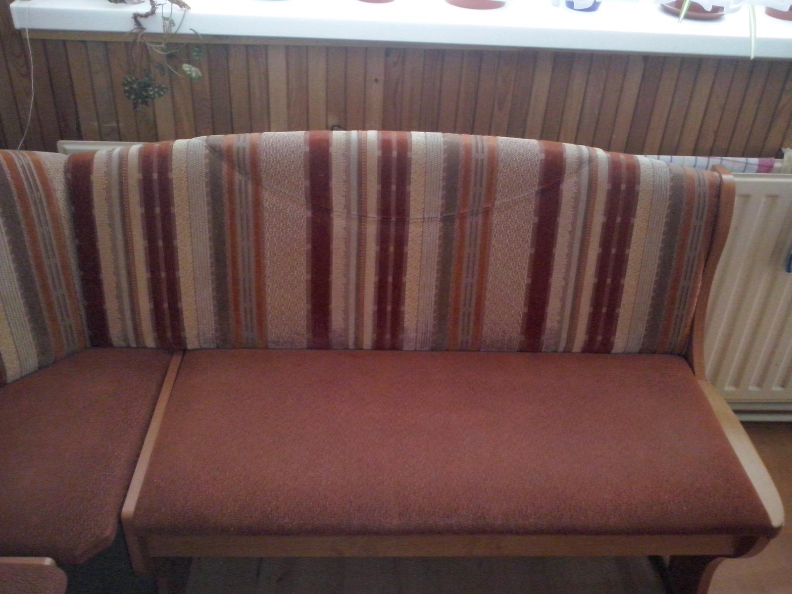 Rohová lavica+stoličky - Obrázok č. 1