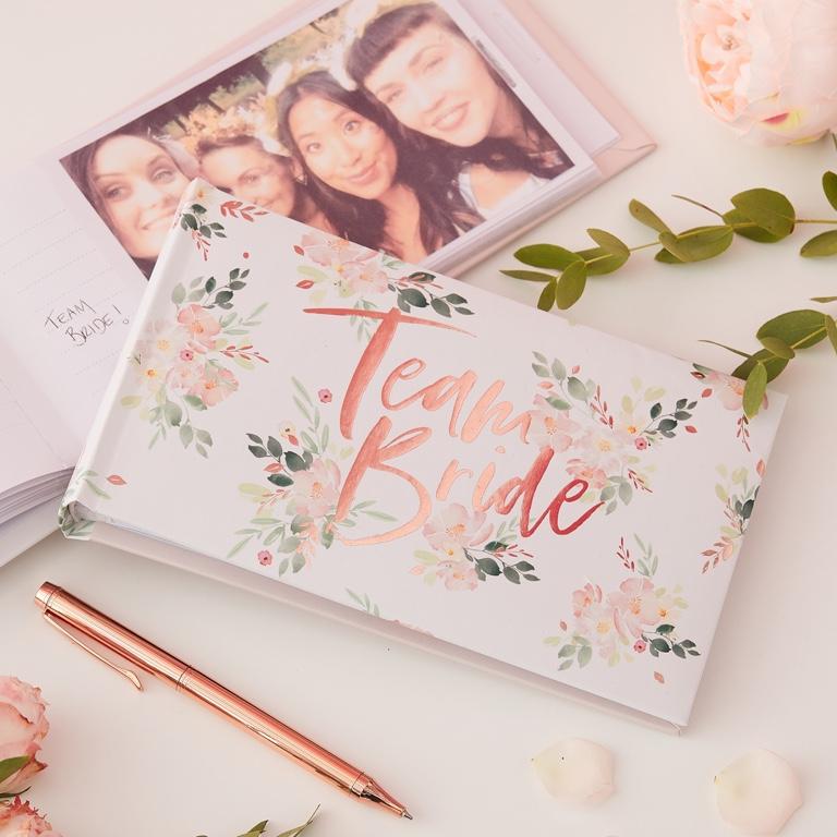 Fotoalbum - Team Bride - Kvietky - Obrázok č. 1