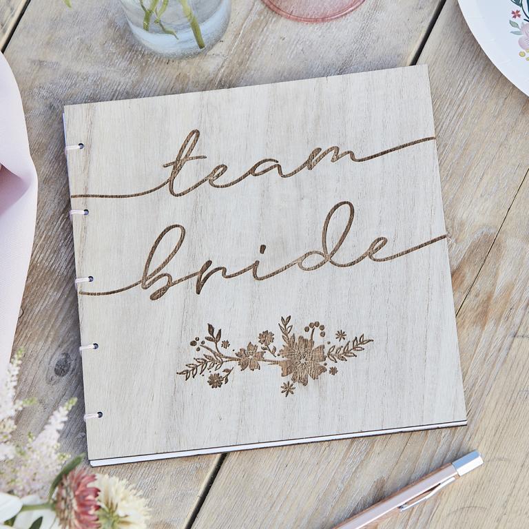 Drevená Kniha pre Hostí - Kvietky - Team Bride - Obrázok č. 1