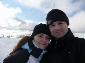 tak tu sme my na lyžovačke a ja môj snubenec, vten večer ma požiadal o ruku (konečne :o)) 25.1.2009