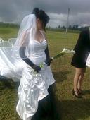 černobílé svatební šaty , 40
