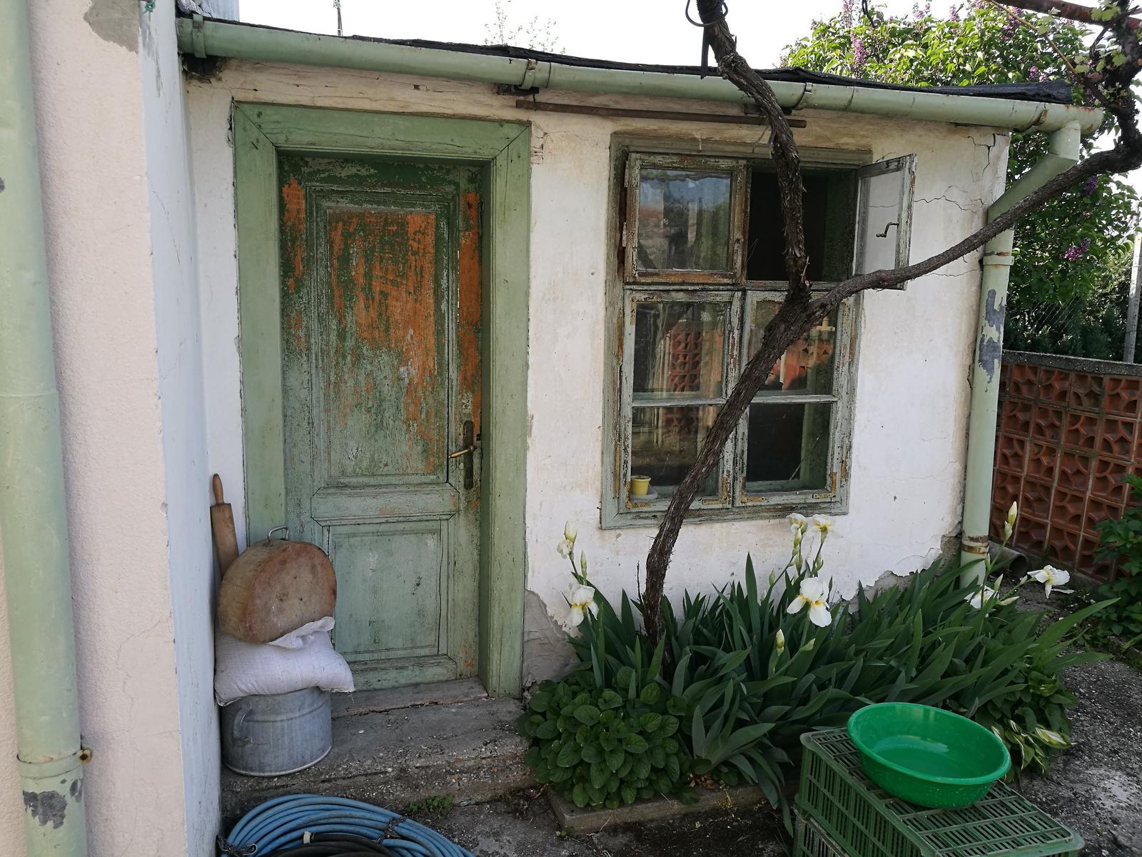 Náš budúci domov - rekonštrukcia rodinného domu - Letná kuchynka