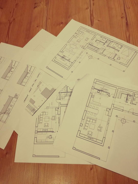 Náš budúci domov - rekonštrukcia rodinného domu - Bolo nám predstavených niekoľko návrhov, plus pôvodný stav - ladíme a vyberáme.