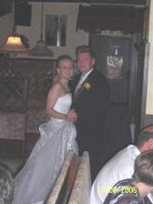 tato fotka se mi strašně líbí a náš první novomanželský tanec