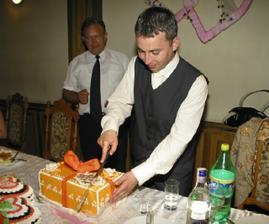 ...v tejto torte boli biele myši...