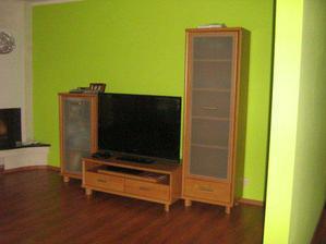 nábytok ešte z bytu, časom kúpime nový, aby všetko pekne ladilo