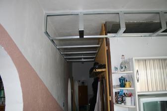 zacal som robit konstrukciu na sdk aby sme zakryli nad linkou dieru od jadra a rovno osadili svetla