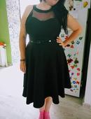 Čierne ackove šaty , 46