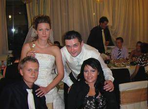 môj mladší brat s priatelkou