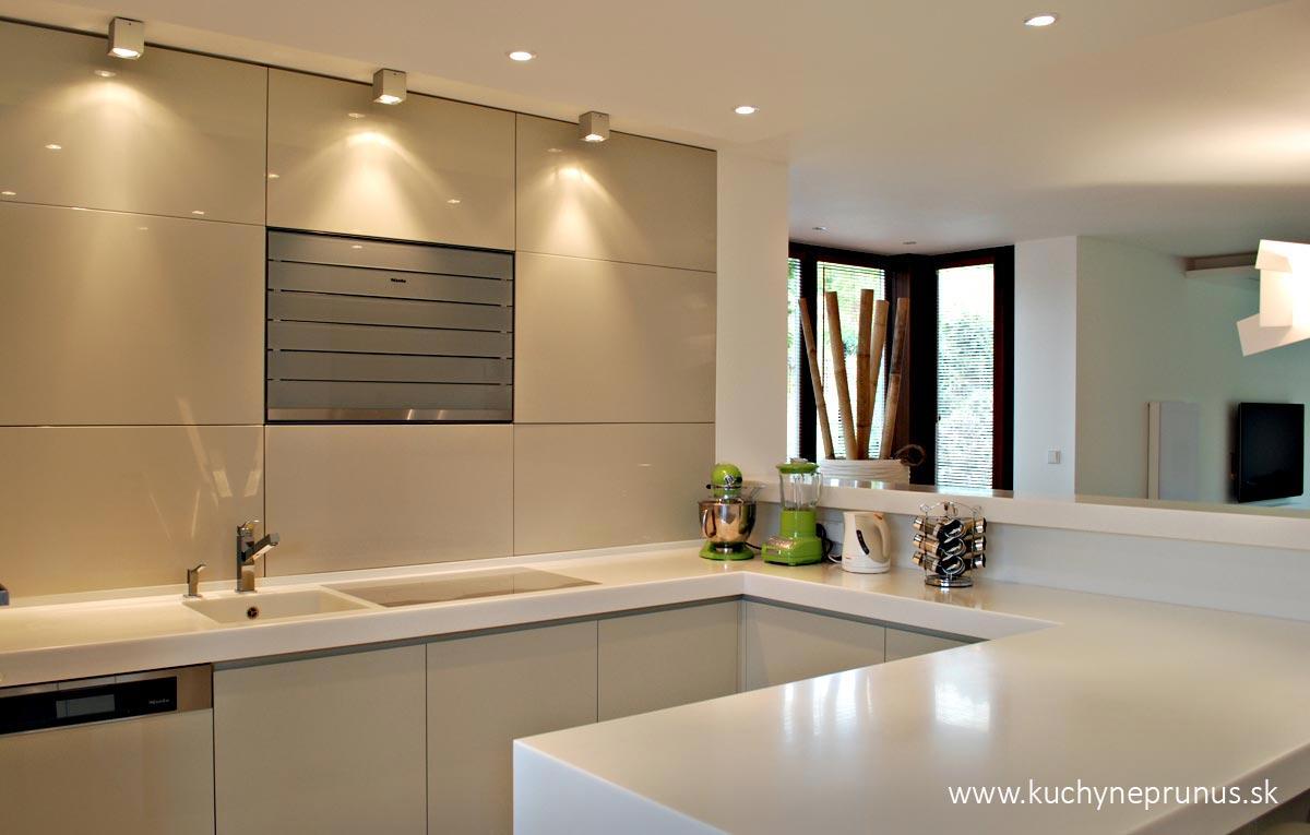 prunus - Luxusné kuchyne na mieru I PRUNUS štúdio
