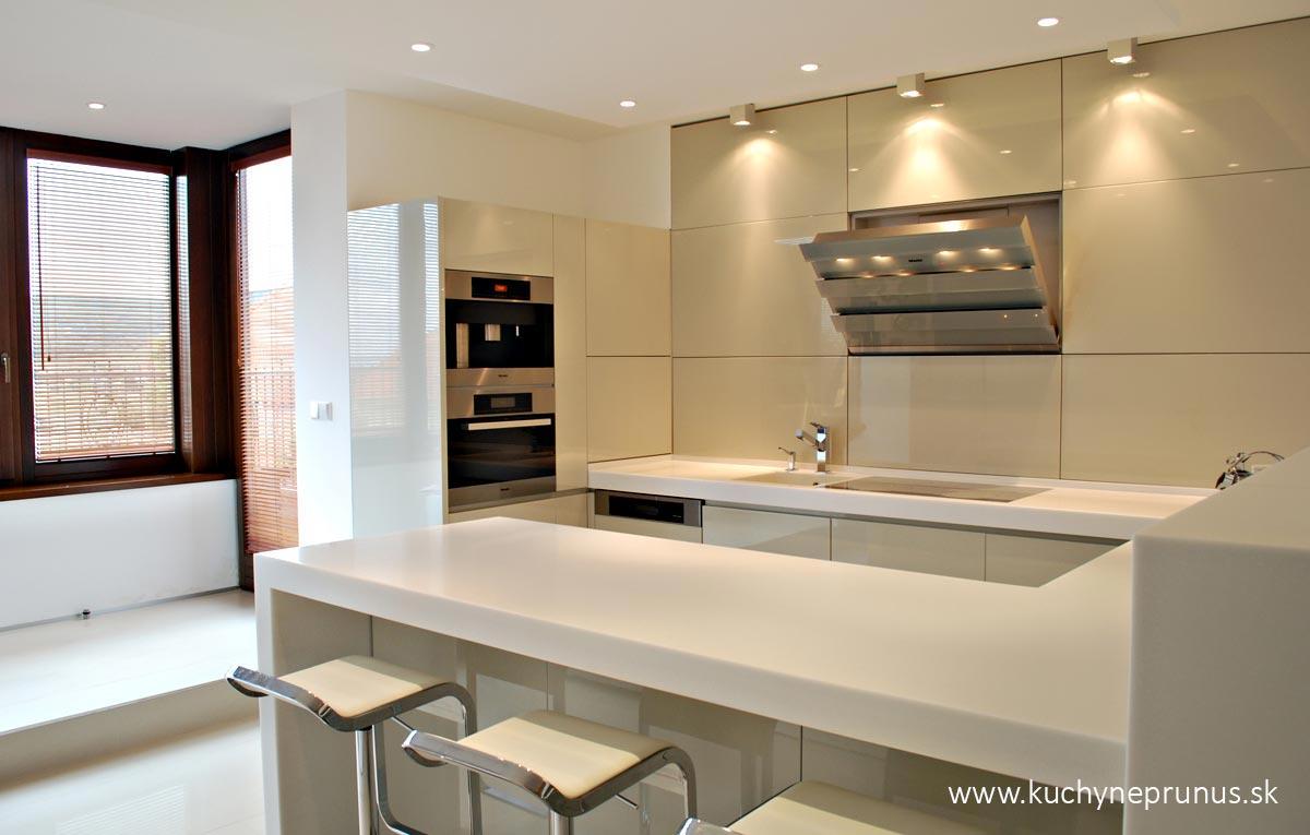 prunus - Moderné kuchyne na mieru I PRUNUS štúdio